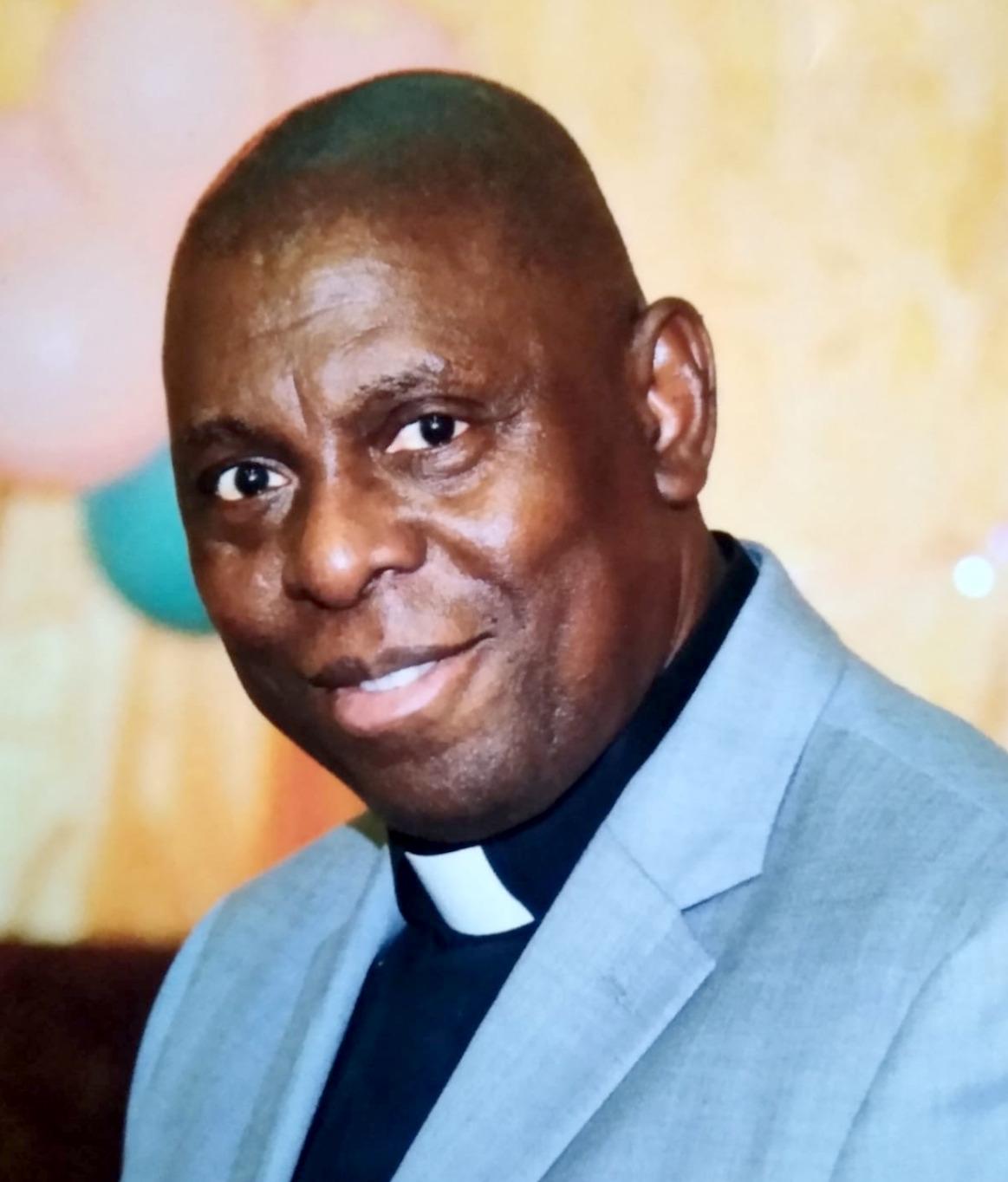 Pastor Olufemi Olaluwoye